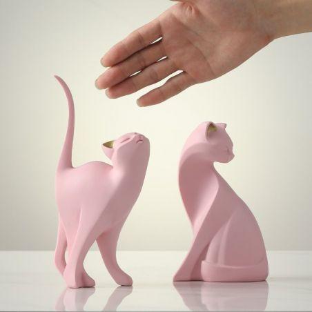 chat sculpture