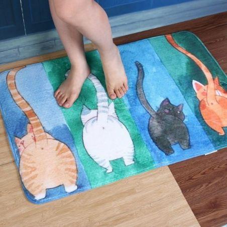 Tapis douche avec des chats