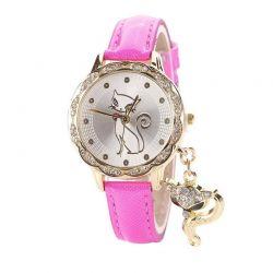 Montre avec un chat bracelet rose